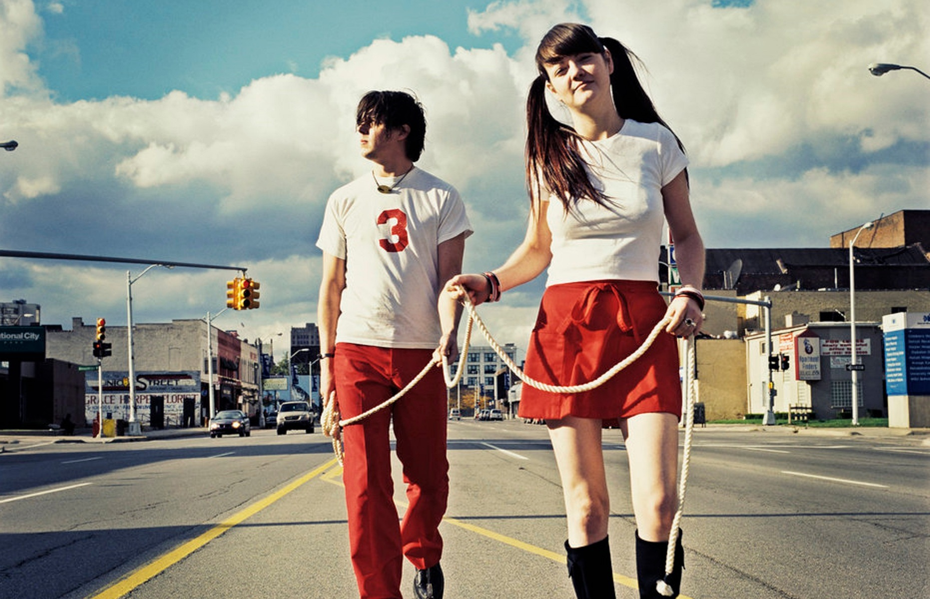 """The White Stripes """"Fell In Love With A Girl"""" Video Of The Day"""
