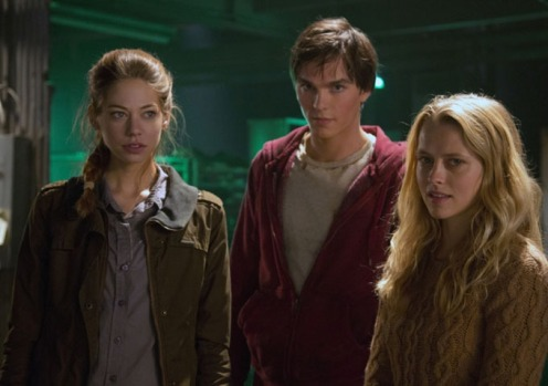 warm_bodies_still11_analeigh_tipton_nicholas_hoult_teresa_palmer