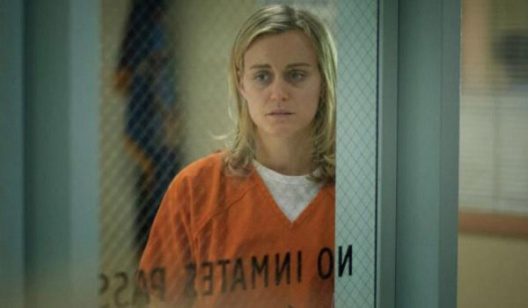 orange-is-the-new-black-sad-piper-chapman