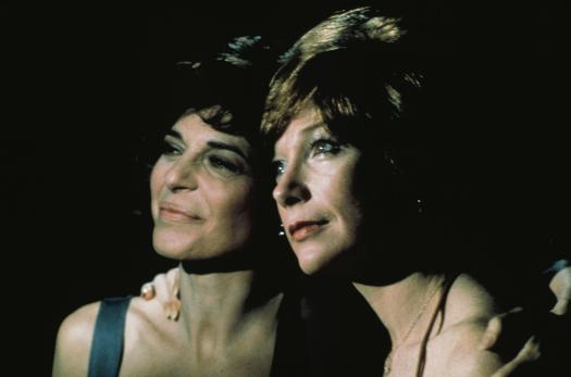 still-of-shirley-maclaine-and-anne-bancroft-in-the-turning-point-(1977)-large-picture