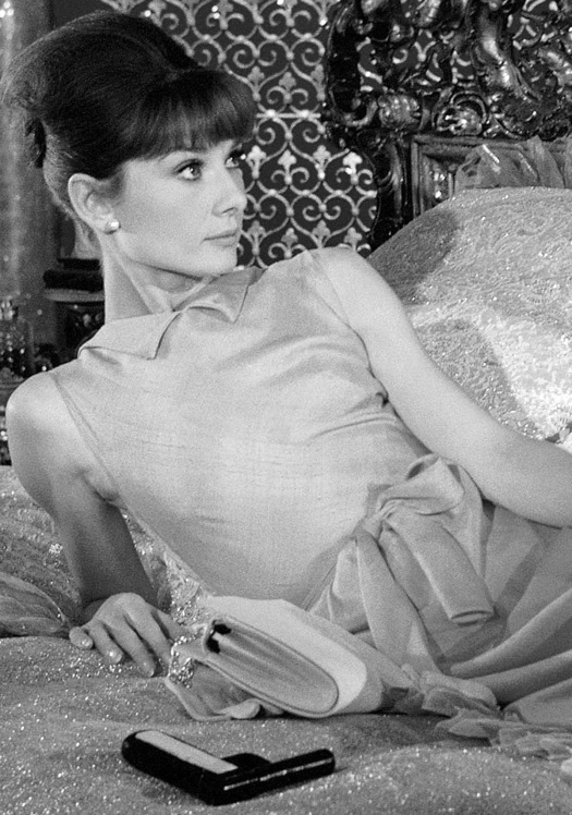 Audrey Hepburn, Paris when it sizzles (1964) starring William Holden