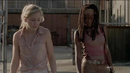 Beth_talking_to_Michonne_about_the_prison