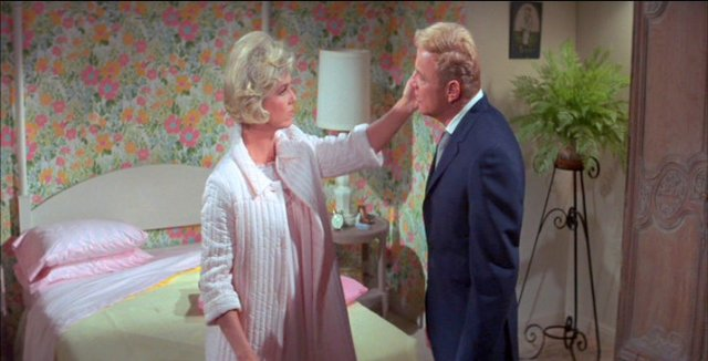 with-six-you-get-eggroll-doris-day-21949140-715-364