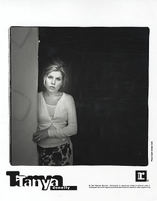 Tanya-Donelly-Lovesongs-For-Und-101414