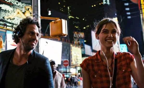Mark-Ruffalo-and-Keira-Knightley-in-Begin-Again-@