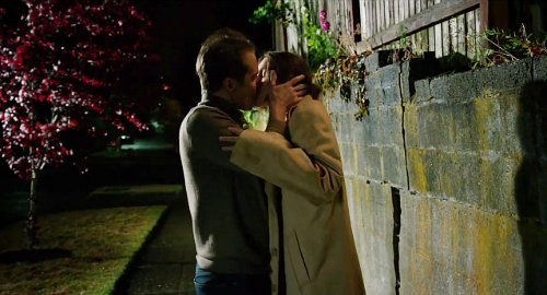 keira-knightley-and-sam-rockwell lock-lips-in-laggies