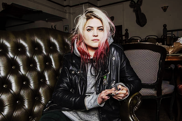 Alison-Mosshart.png