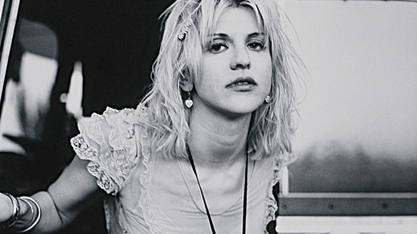 courtney-love-classical_156531-1920x1080.jpg