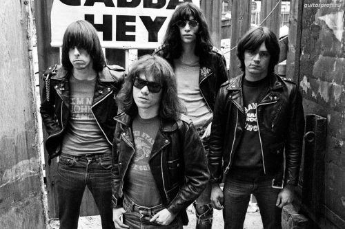 The Ramones, Music, Under the Covers
