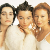 Tori Amos, PJ Harvey, Björk & Massive Attack Mashup by Wax Audio for Female Friday