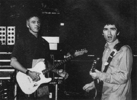 Paul Weller and Noel Gallagher SOTD Oasis Champagne Supernova