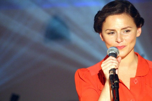 Emiliana Torrini To Be Free Top 5 Music Obsessions Song 2 Lyriquediscorde