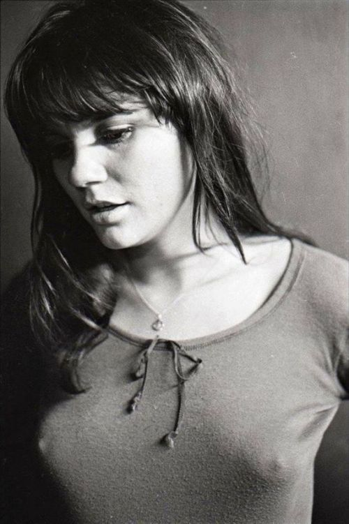 Linda Ronstadt Female Friday Playlist