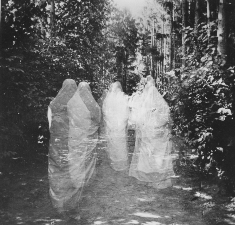Ghosts - October 1 - Spooky Halloween - The Bees These are the Ghosts Lyriquediscorde