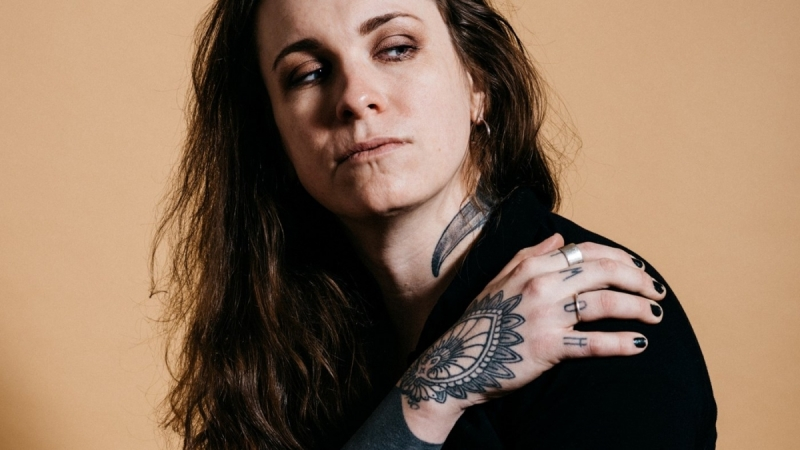 laura jane grace under the covers