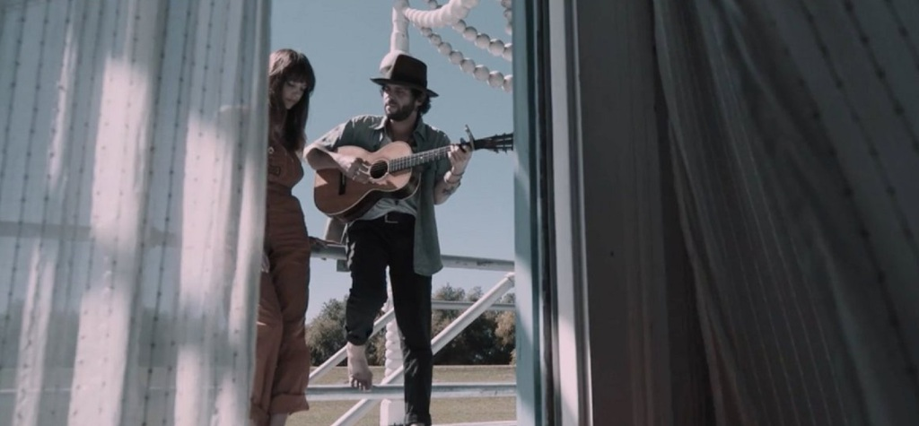 "Langhorne Slim and Casey Jane ""Life Is Confusing"" GMF - Song 3"