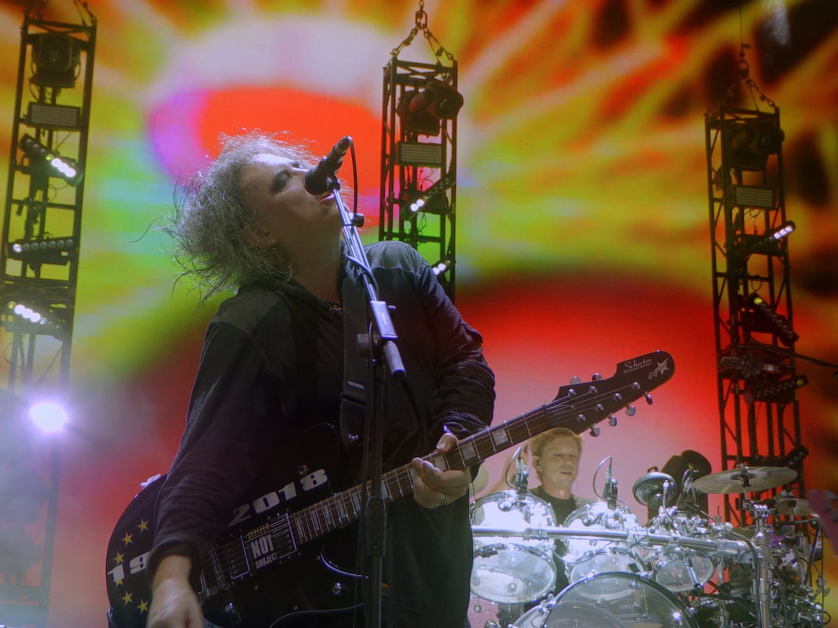 "The Cure ""Plainsong"" (live) GMF"