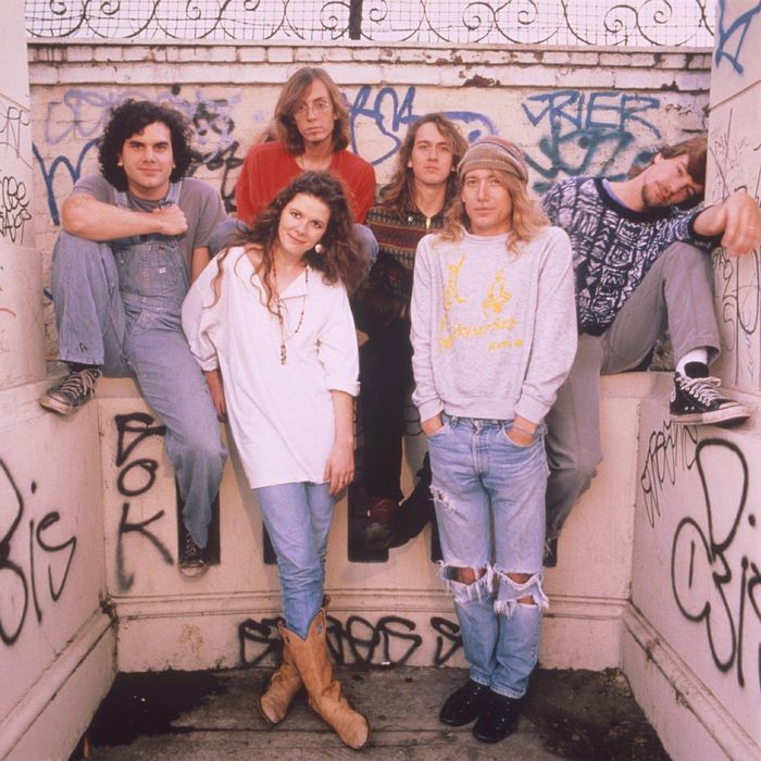 """Edie Brickell And The New Bohemians """"What I Am"""" Give Me Five"""