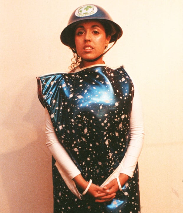 """Poly Styrene """"Dreaming"""" Give Me Five"""