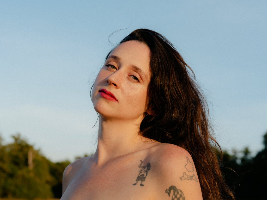"""Waxahatchee """"Can't Do Much"""" Give Me Five"""