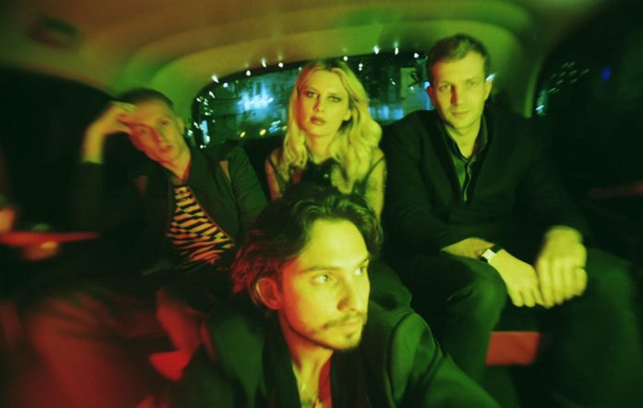 """Wolf Alice """"The Last Man On Earth"""" Give Me Five"""