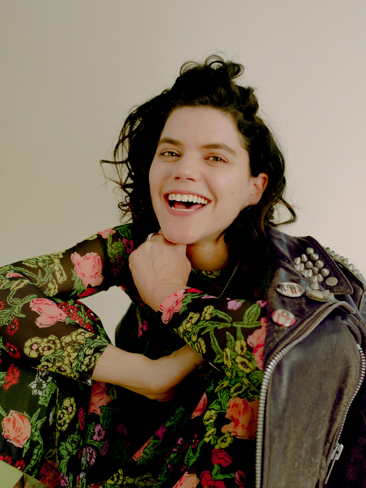 """Soko """"Oh, To Be a Rainbow"""" Give Me Five - Song 5"""